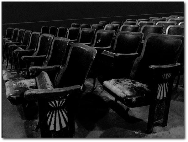 emptySeatsinATheater